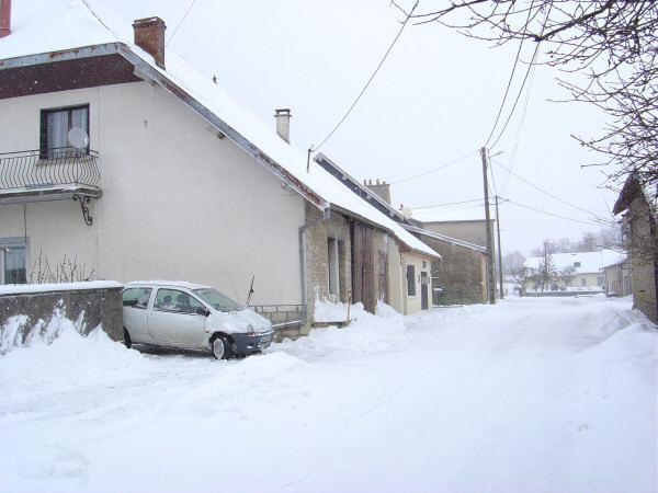 http://djgogo.free.fr/travaux/Neige26012005.JPG