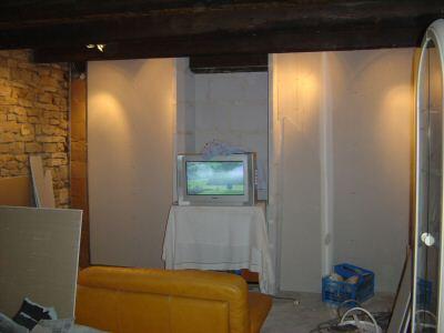http://djgogo.free.fr/travaux/Salon-Mur-tele08.JPG