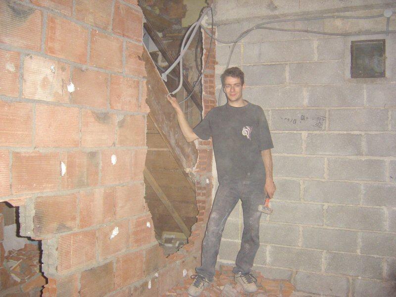 http://djgogo.free.fr/travaux/cassage_escalier-19.jpg