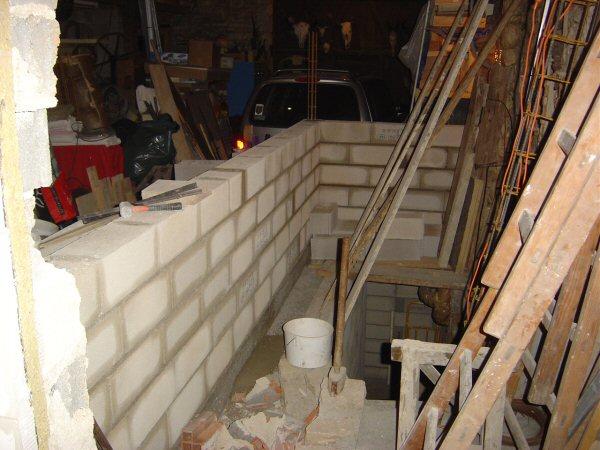 http://djgogo.free.fr/travaux/escalier-murs-08.jpg
