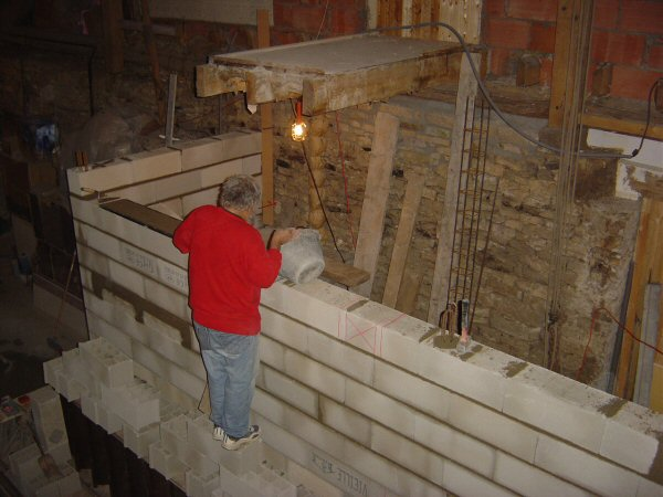 http://djgogo.free.fr/travaux/escalier-murs-14.jpg