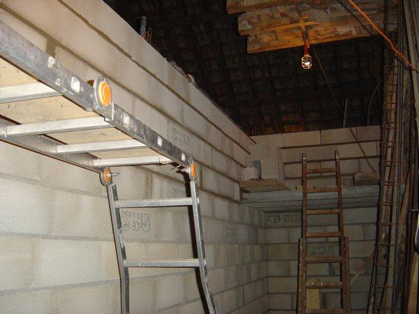 http://djgogo.free.fr/travaux/escalier-murs-16.jpg