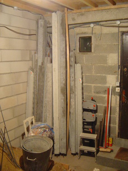 http://djgogo.free.fr/travaux/escalier-murs-28.jpg