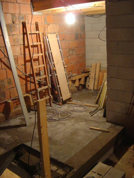 http://djgogo.free.fr/travaux/escalier-murs-30.jpg
