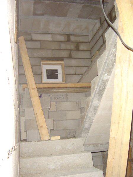 http://djgogo.free.fr/travaux/escalier-murs-37.jpg
