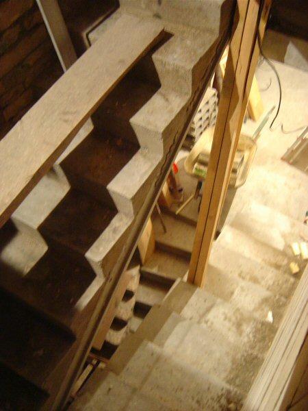 http://djgogo.free.fr/travaux/escalier-murs-39.jpg