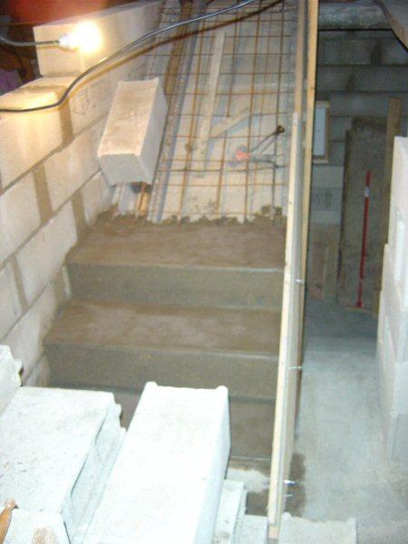 http://djgogo.free.fr/travaux/escalier-murs-44.jpg