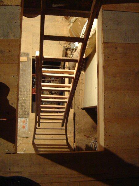http://djgogo.free.fr/travaux/escalier-murs-52.jpg