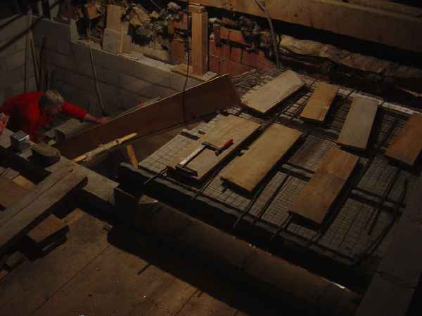 http://djgogo.free.fr/travaux/escalier-murs-57.jpg
