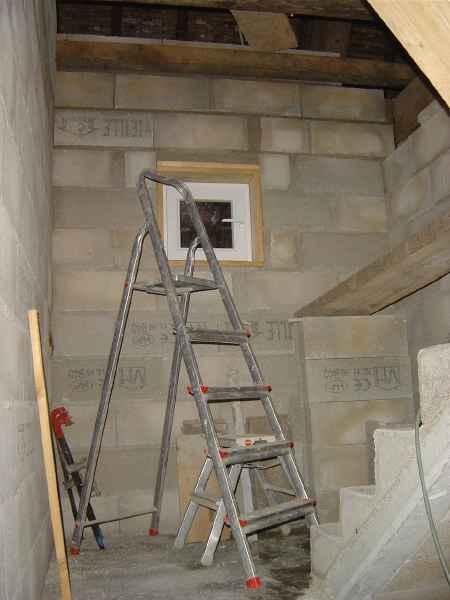 http://djgogo.free.fr/travaux/escalier-murs-63.jpg
