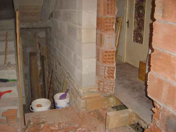 http://djgogo.free.fr/travaux/escalier-murs-64.jpg