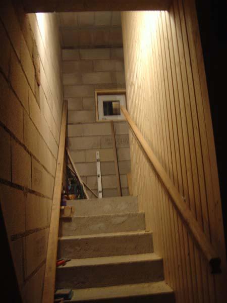 http://djgogo.free.fr/travaux/escalier_finitions_04.jpg