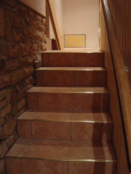 http://djgogo.free.fr/travaux/escalier_finitions_13.jpg